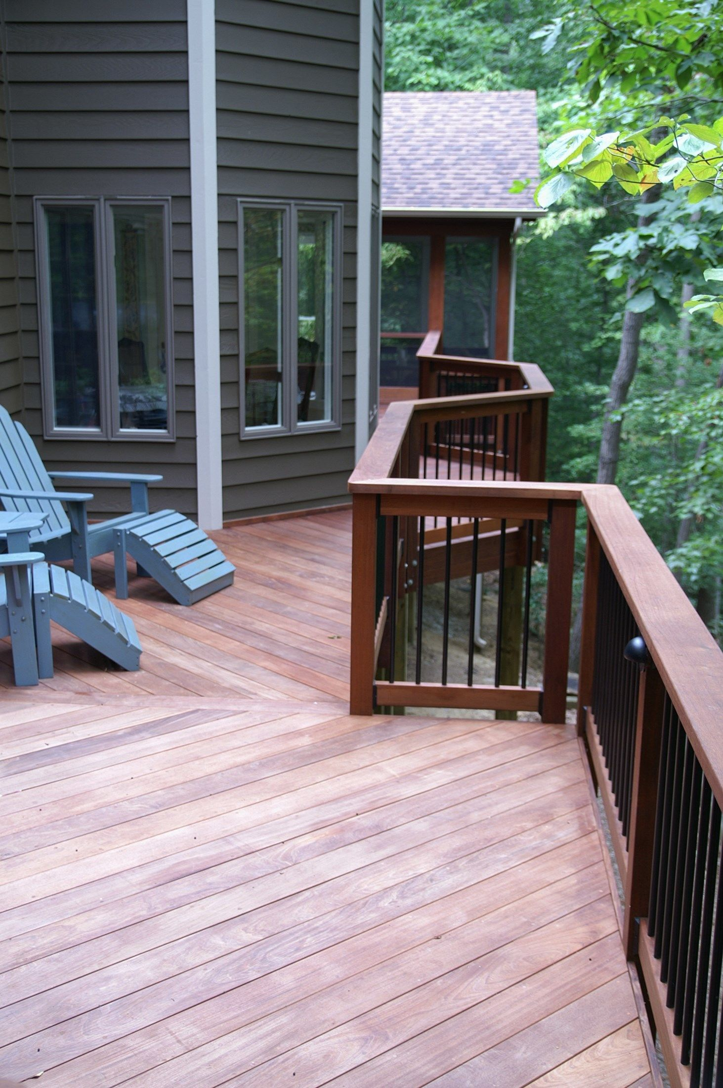 Crownsville porch - Picture 1607