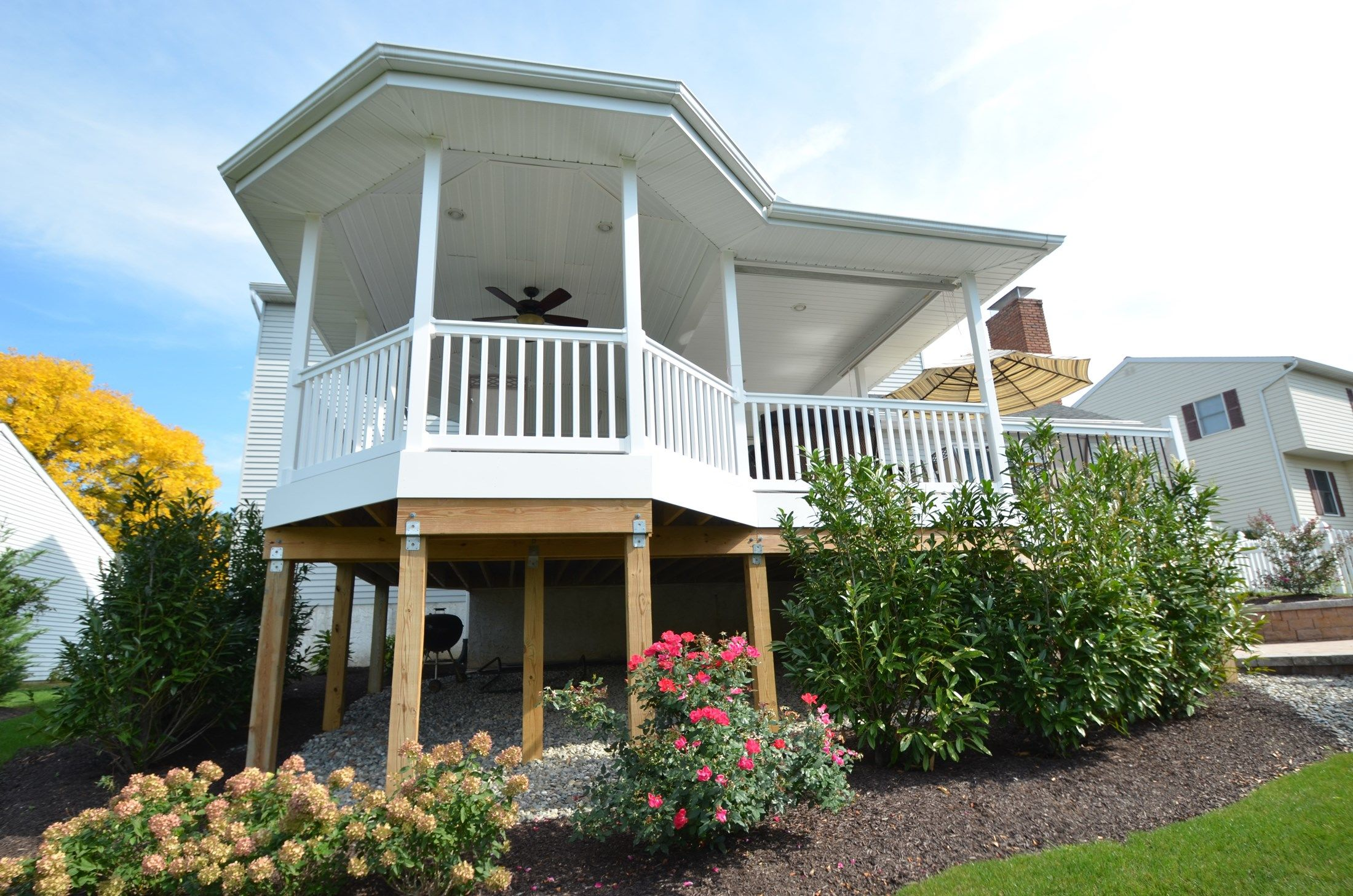Custom Deck with Roof - Picture 1781