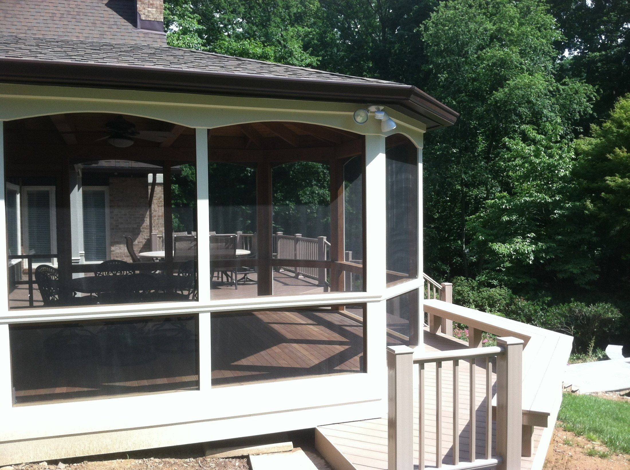 Deck and Screen Porch - Picture 2054