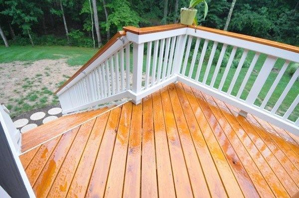Cedar and Mahogany Porch - Picture 2067