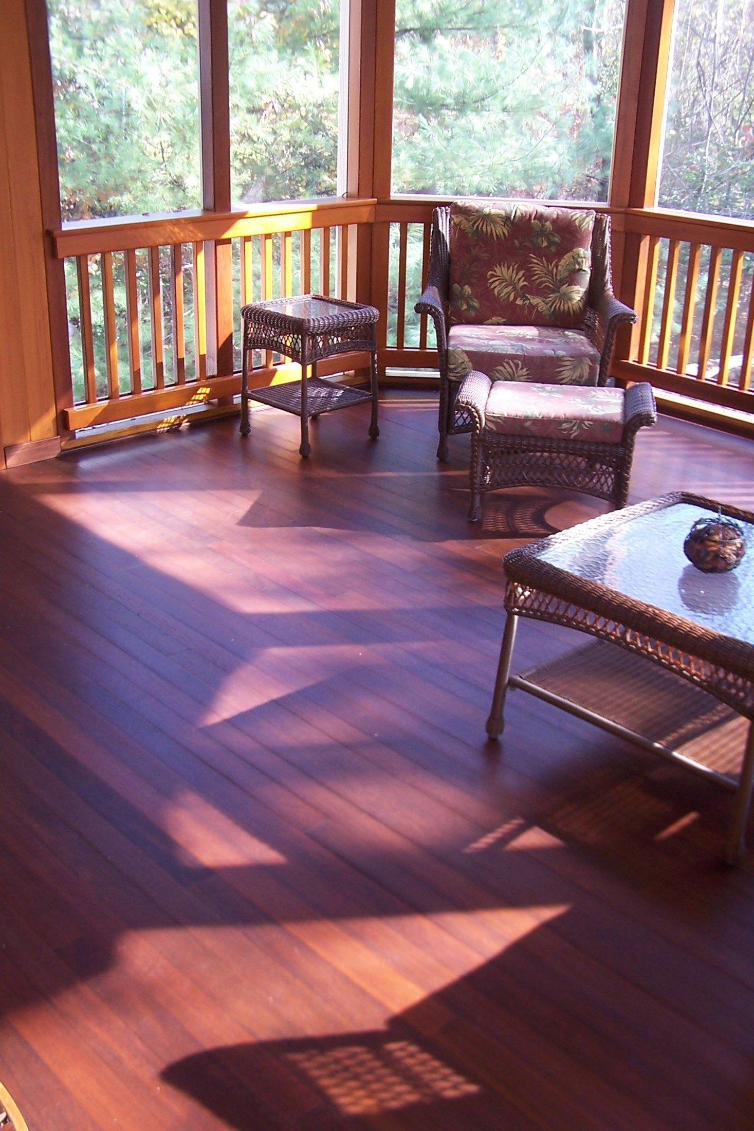 Porch - Picture 2084