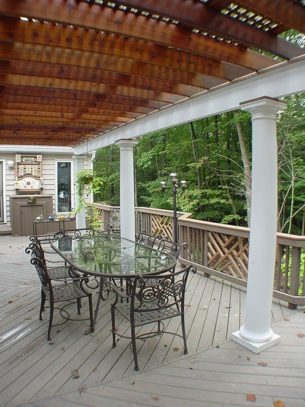 Deck with Arbor/Trellis - Picture 2102