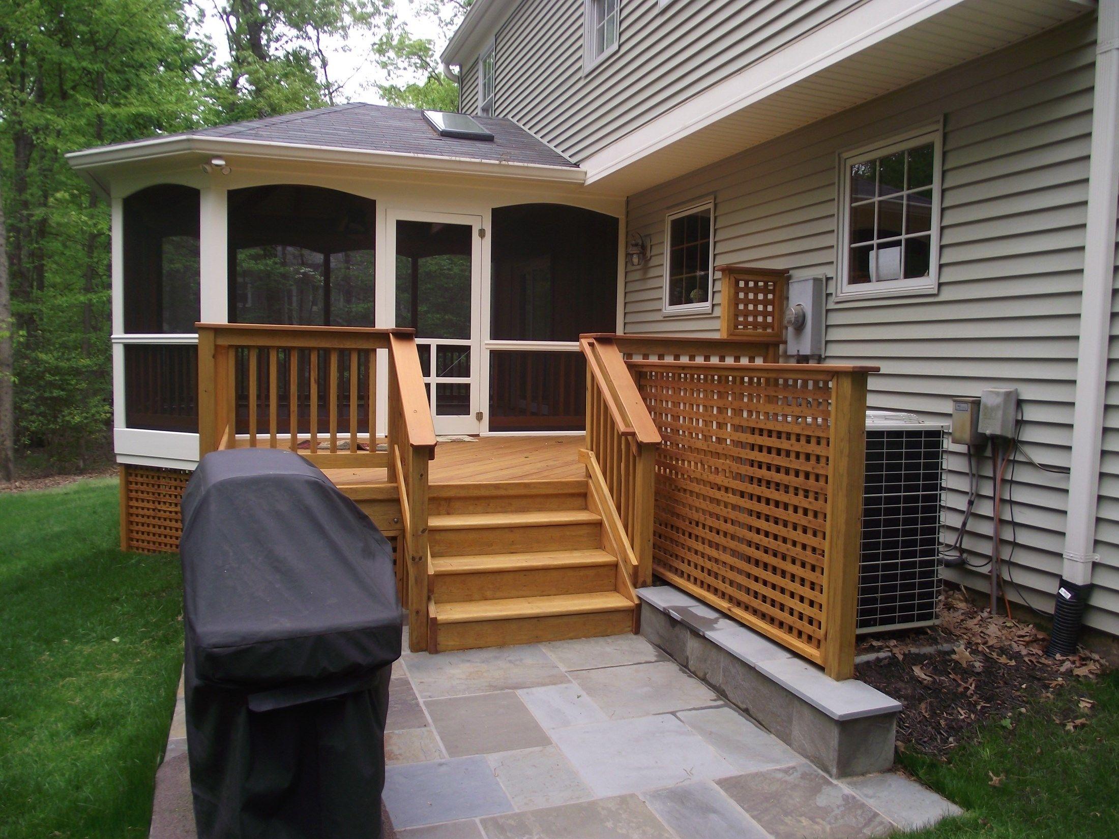 Porch - Picture 2112