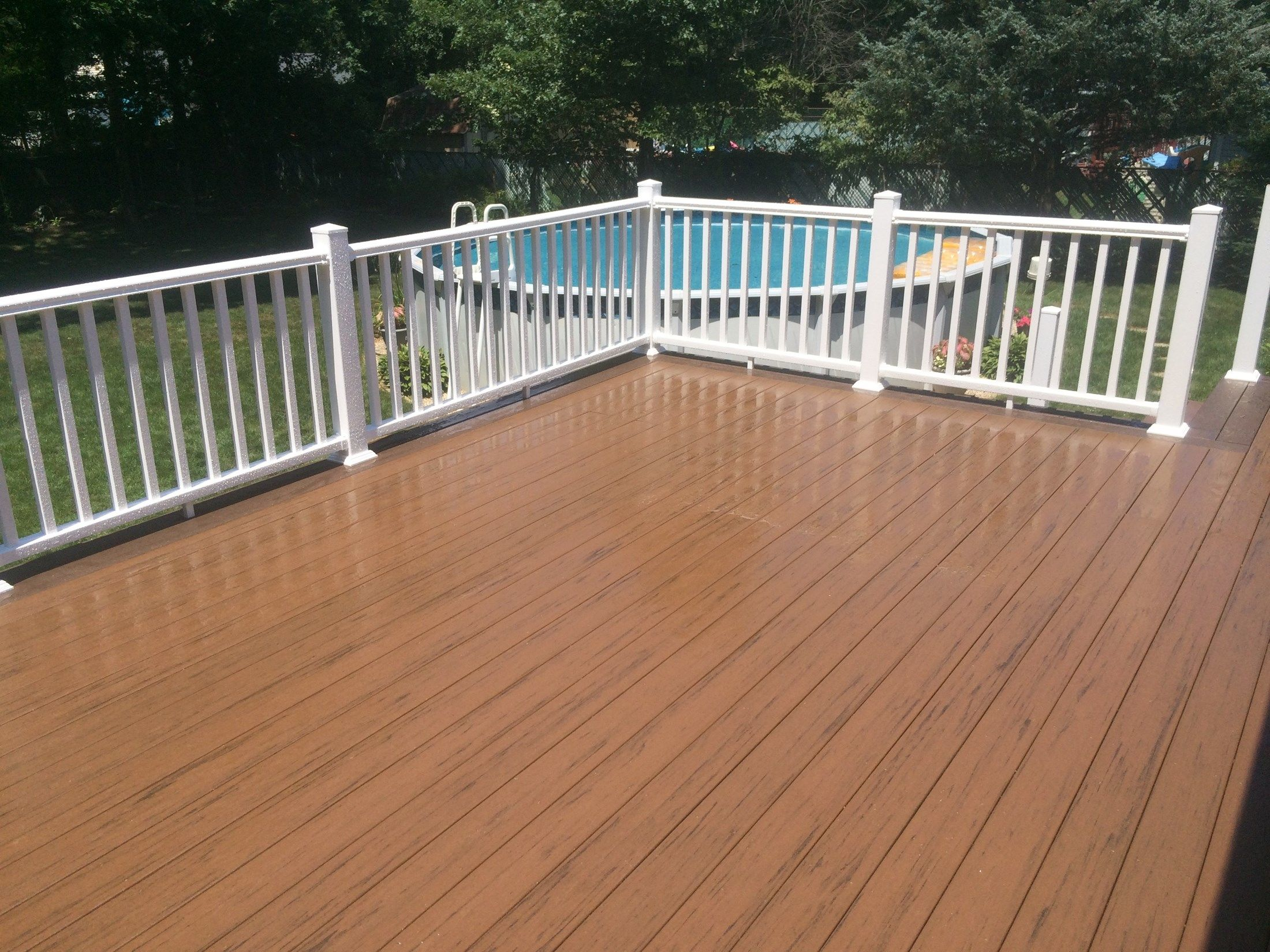 Brookhaven Deck - Picture 3187