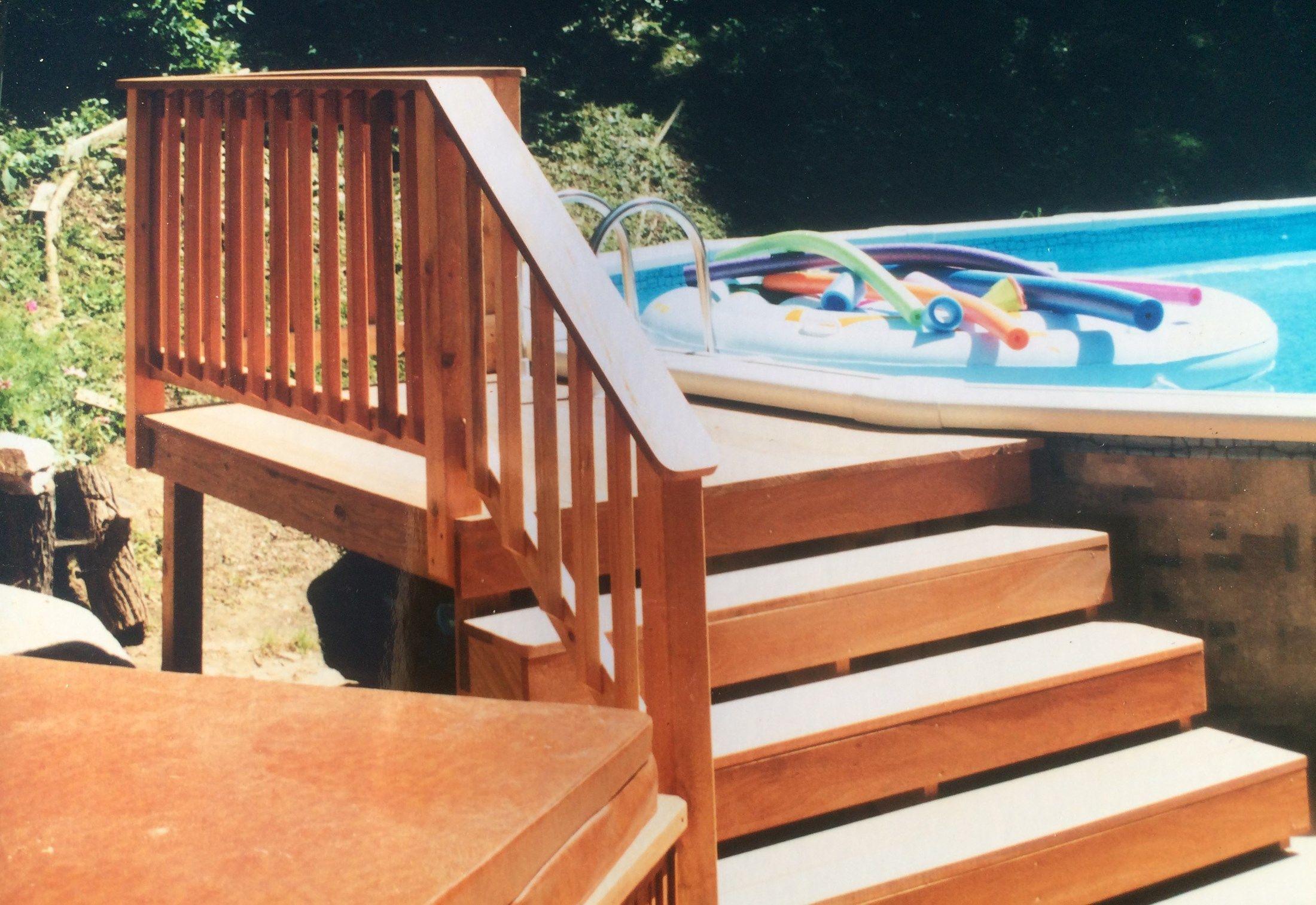Cedar Pool Deck - Picture 3191