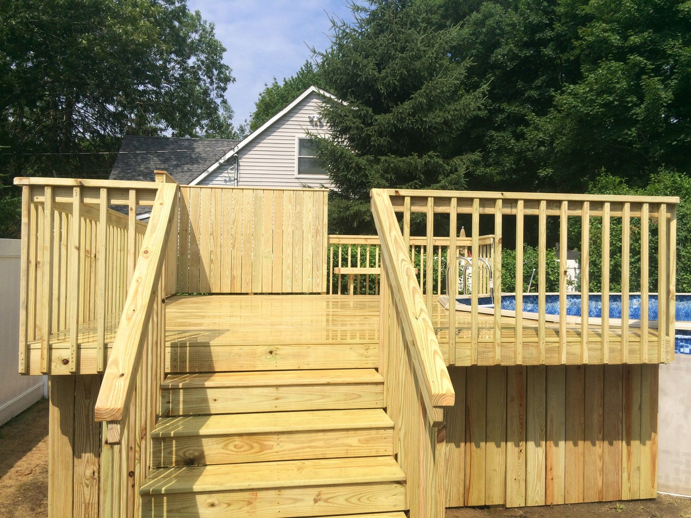 Cedar Pool Deck 2 - Picture 3193