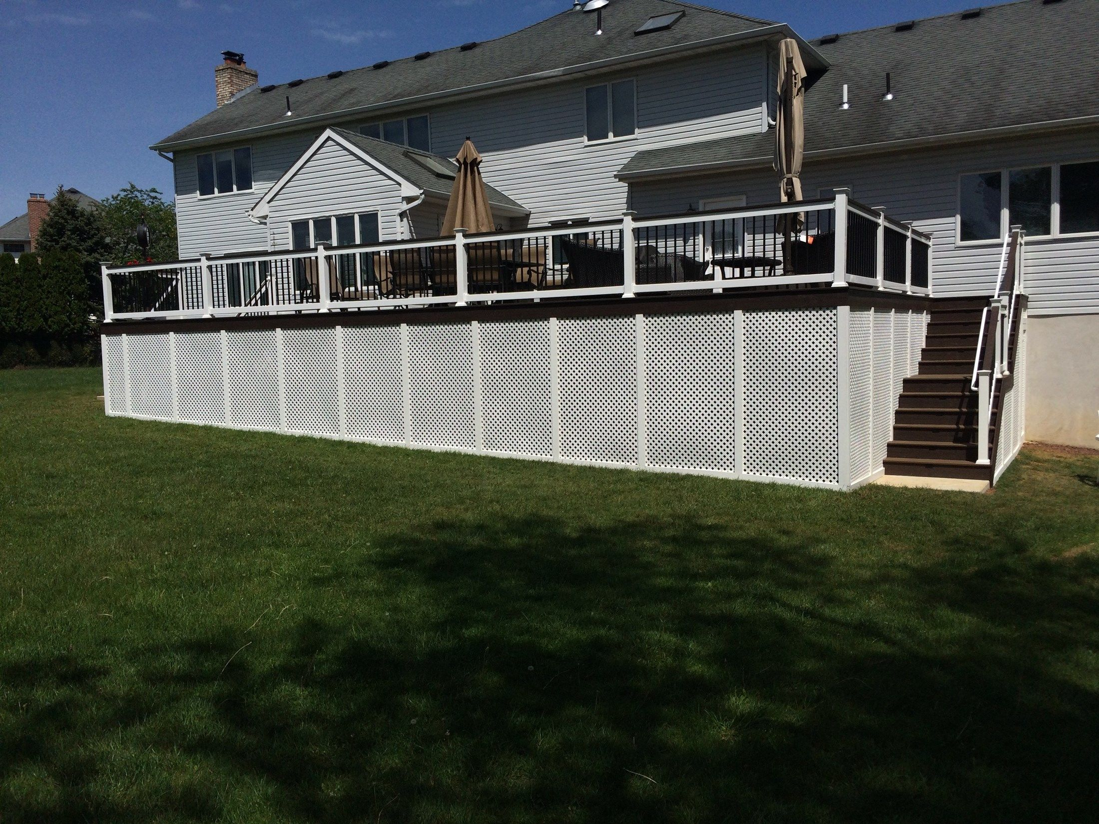 Custom Deck in Manalapan NJ - Picture 3255