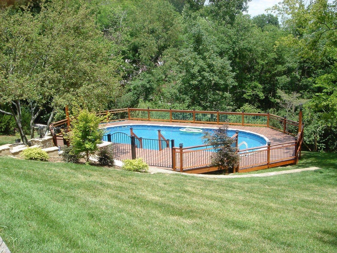 A Grand Backyard - Picture 3300