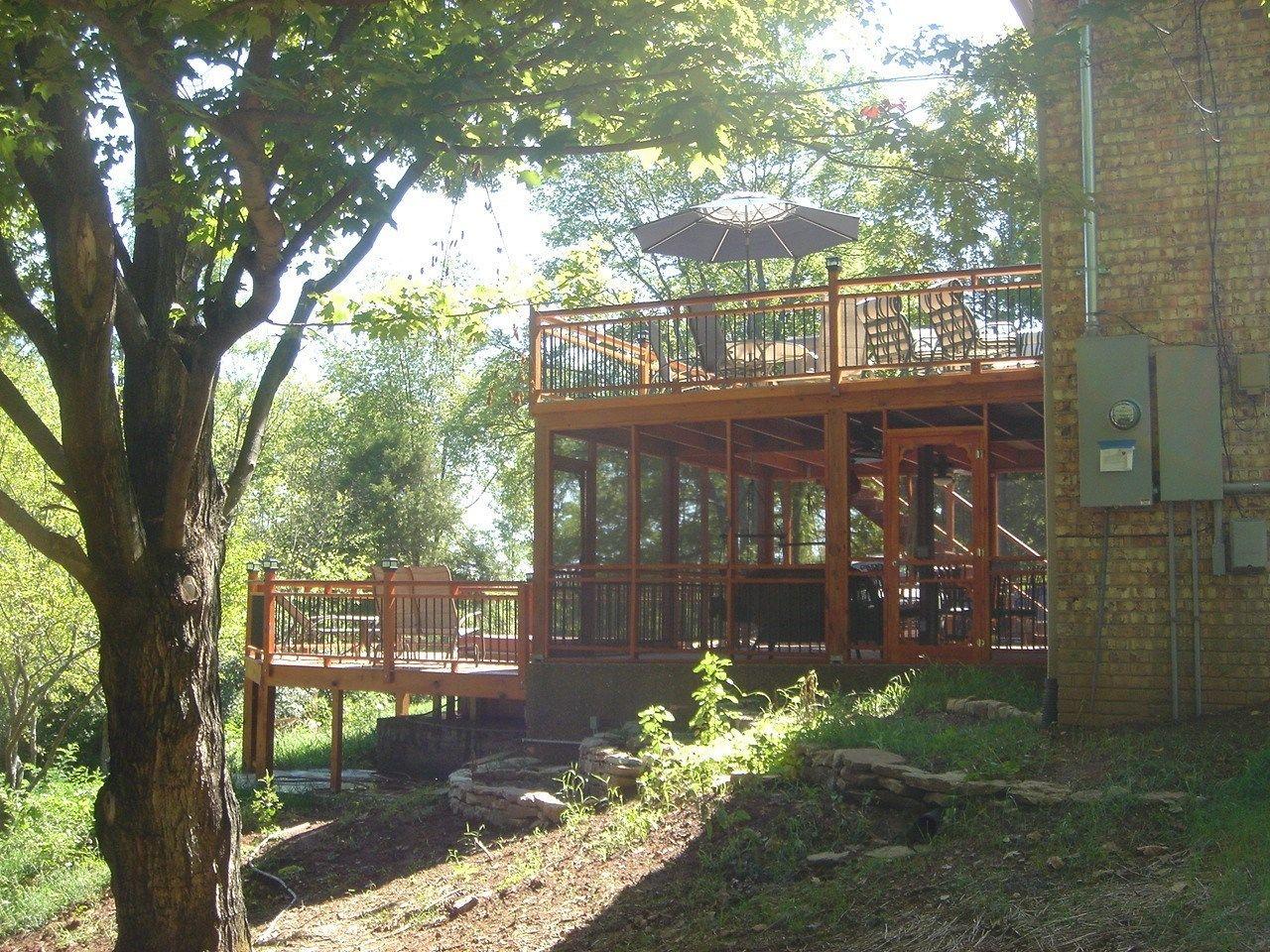 A Grand Backyard - Picture 3302