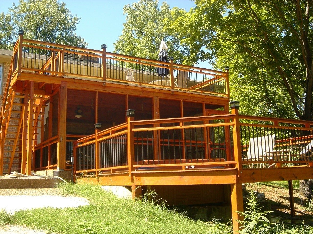 A Grand Backyard - Picture 3305