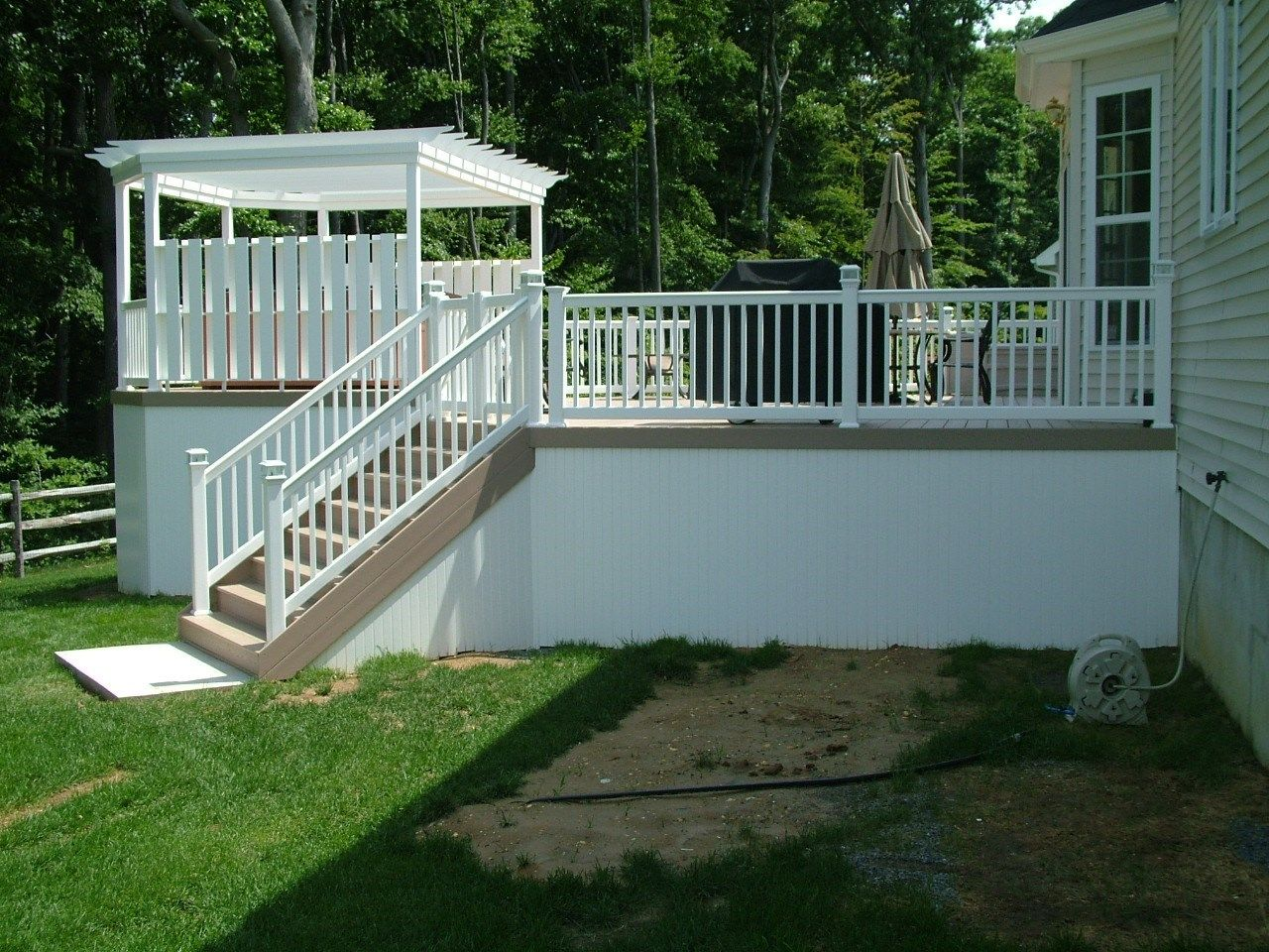 Custom Deck in Monroe NJ - Picture 3345
