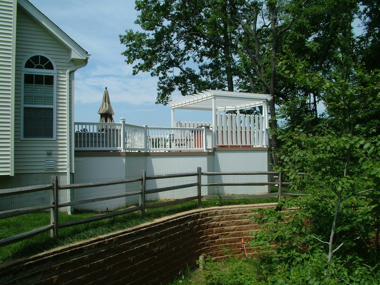 Custom Deck in Monroe NJ - Picture 3346