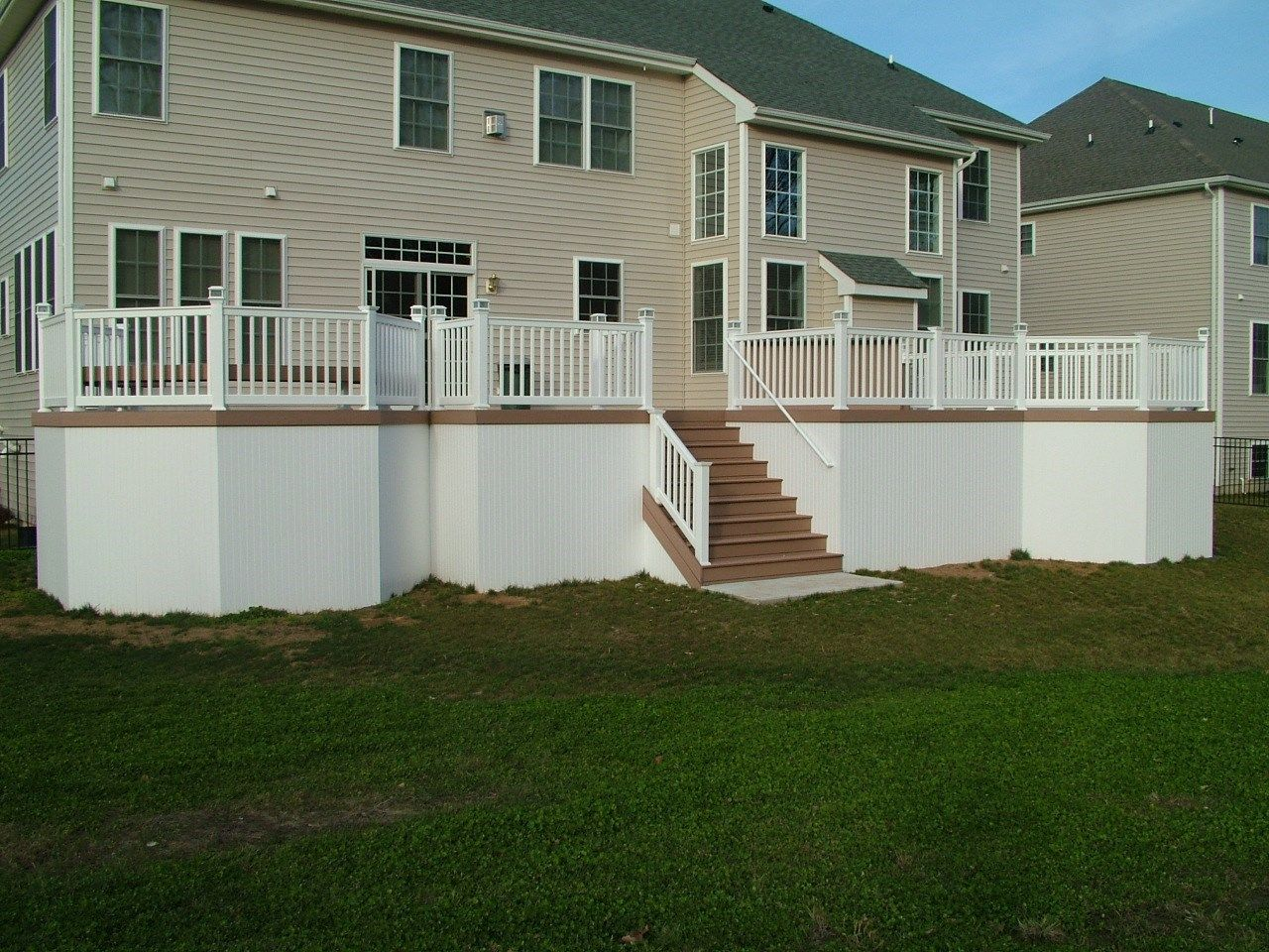 Custom Deck in Morganville N.J. - Picture 3356