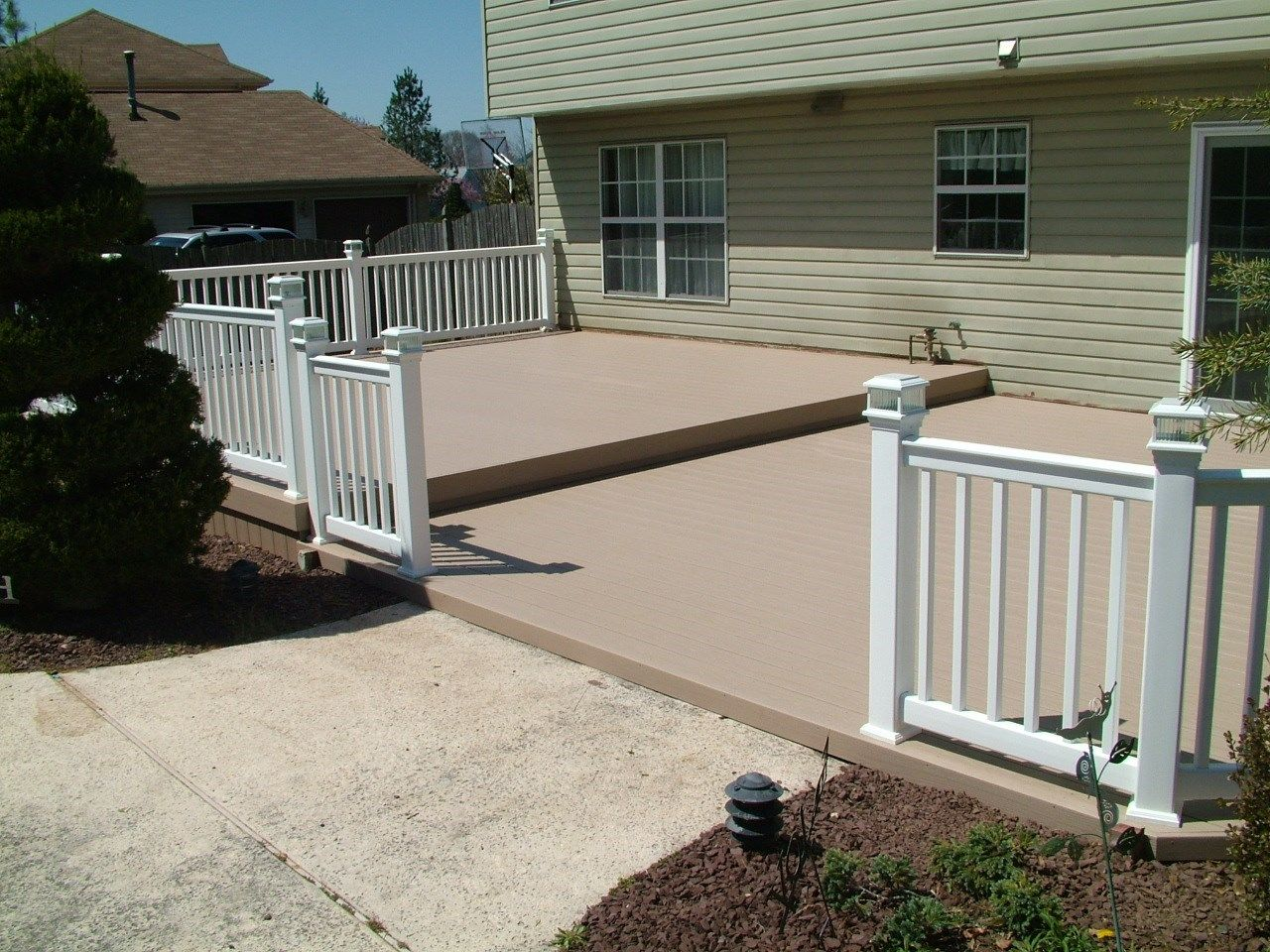 Custom Deck in Manalapan NJ - Picture 3374