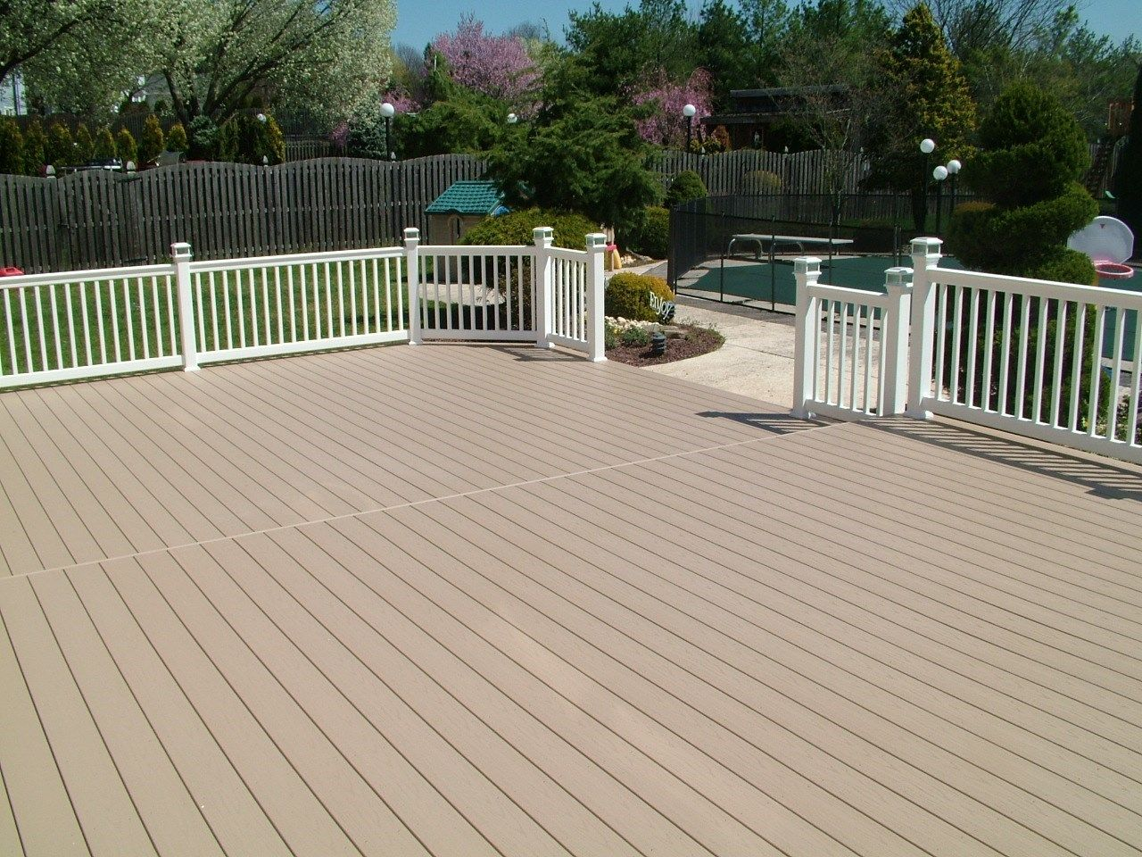 Custom Deck in Manalapan NJ - Picture 3377