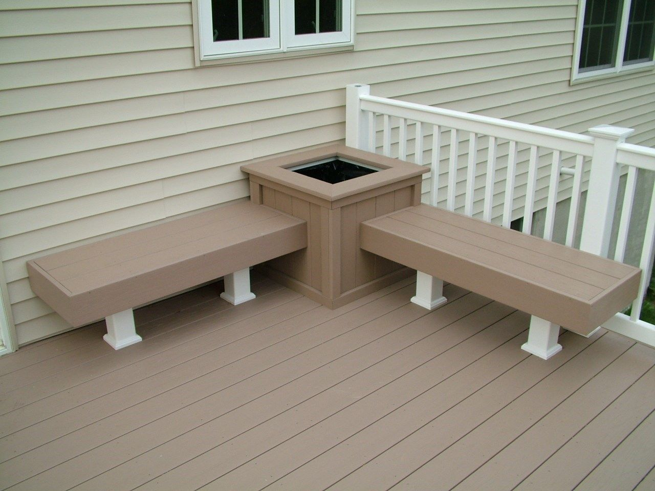 Custom Deck in Marlboro N.J. - Picture 3386