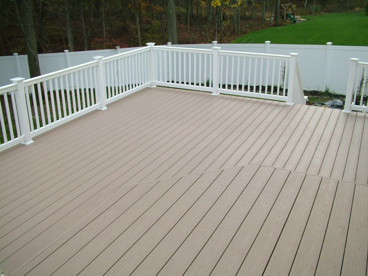 Custom Deck in Marlboro N.J. - Picture 3387