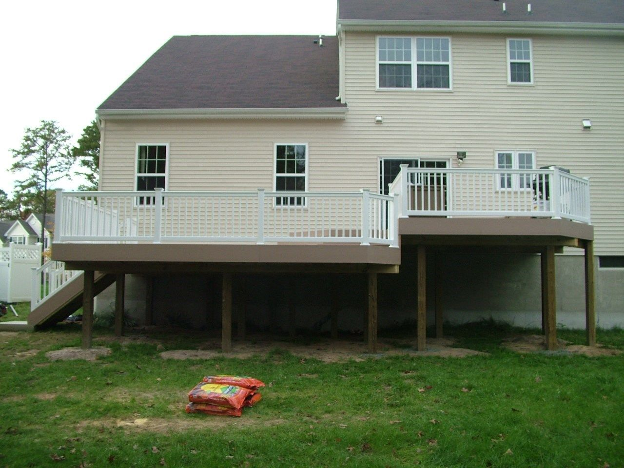 Custom Deck in Marlboro N.J. - Picture 3389