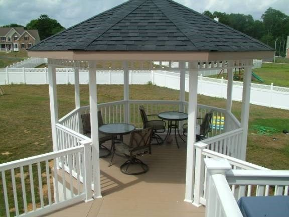 Custom Deck in Marlboro NJ - Picture 3413