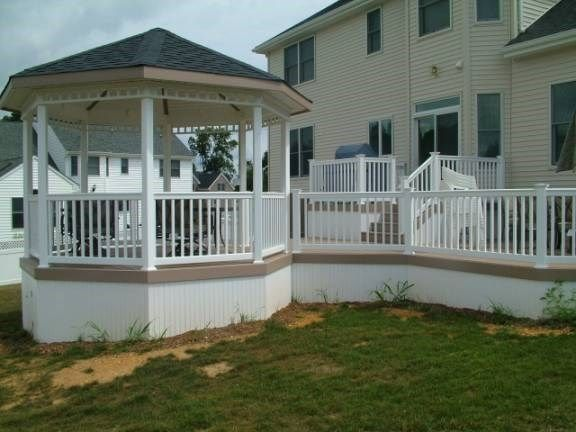 Custom Deck in Marlboro NJ - Picture 3416