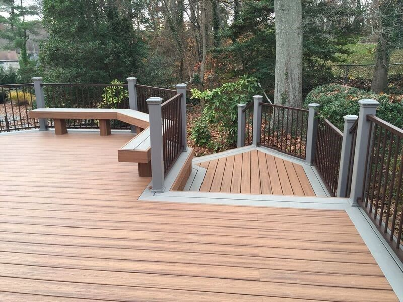 Deck in Dix Hills, NY - Picture 3480