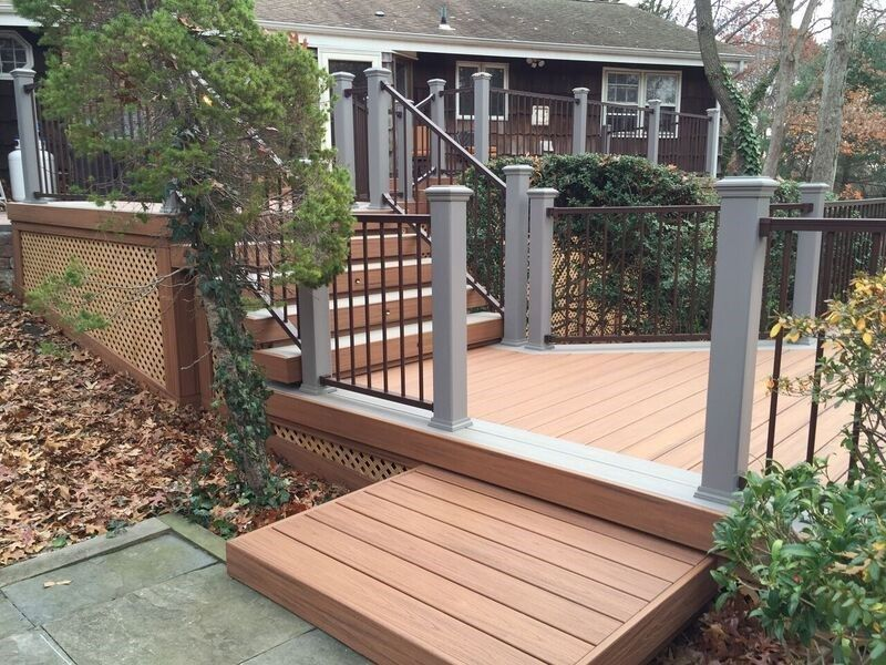 Deck in Dix Hills, NY - Picture 3486