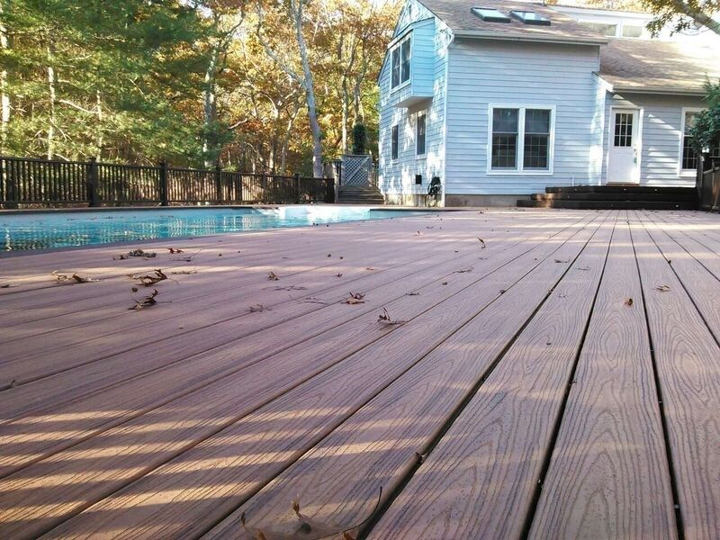 Trex Deck in East Hampton, NY - Picture 3497