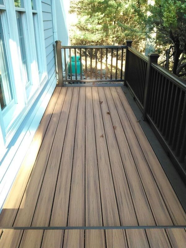 Trex Deck in East Hampton, NY - Picture 3498