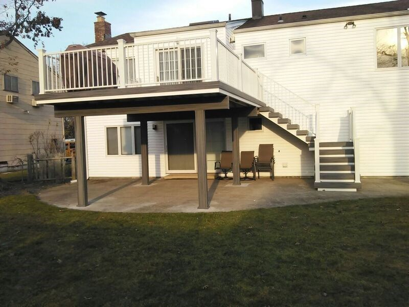 Deck in Merrick, NY 11566 - Picture 3554