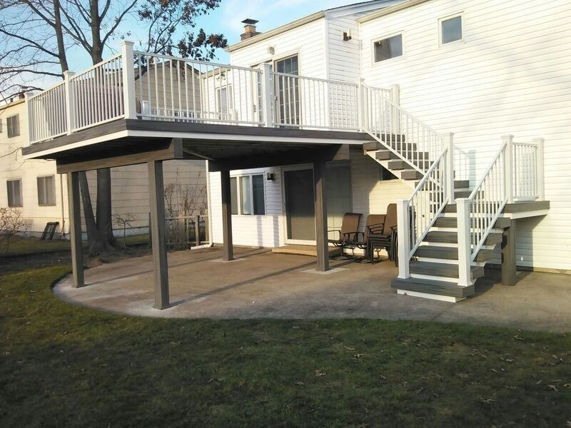 Deck in Merrick, NY 11566 - Picture 3557