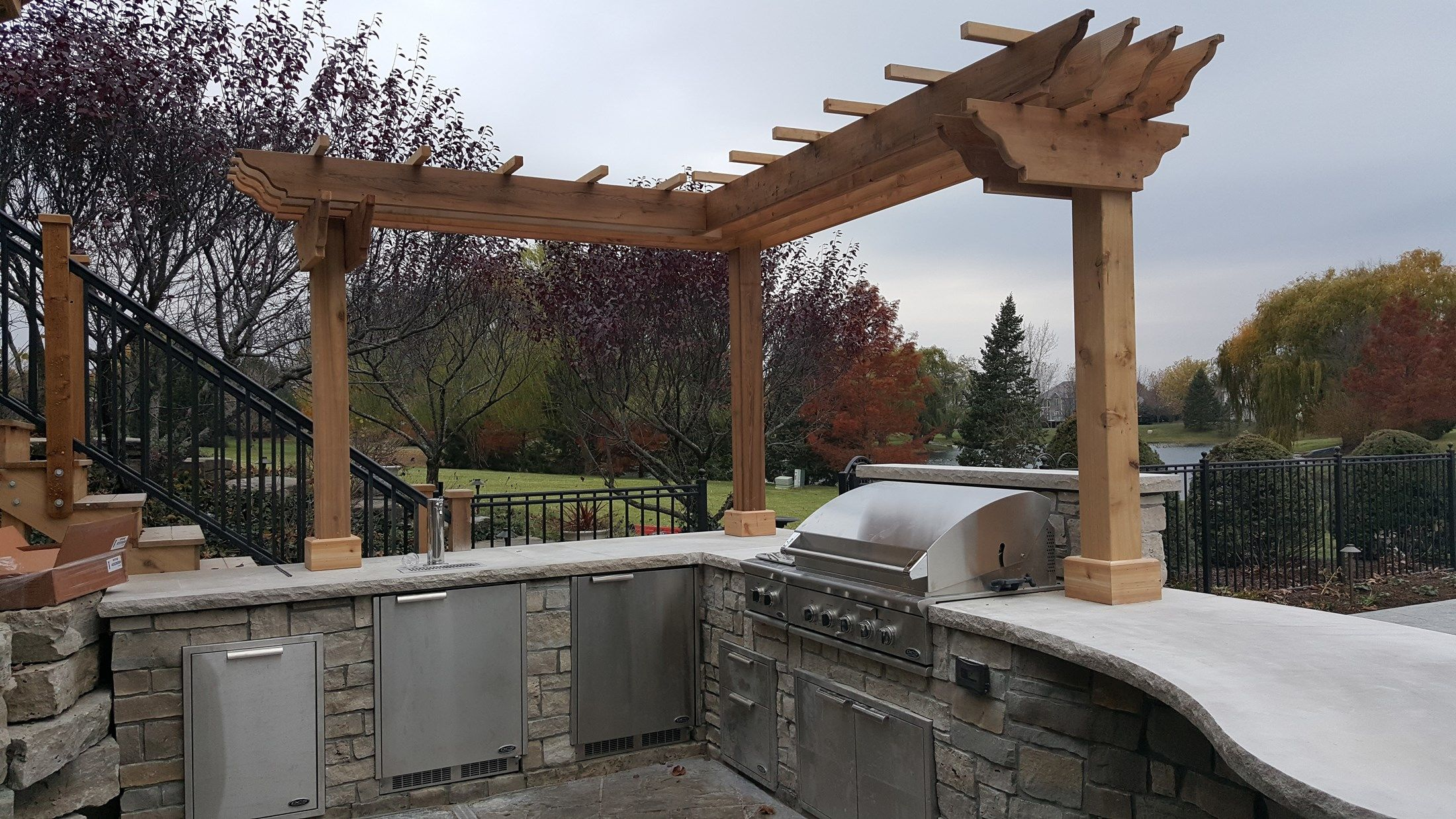Outdoor Kitchen Pergola - Picture 3635