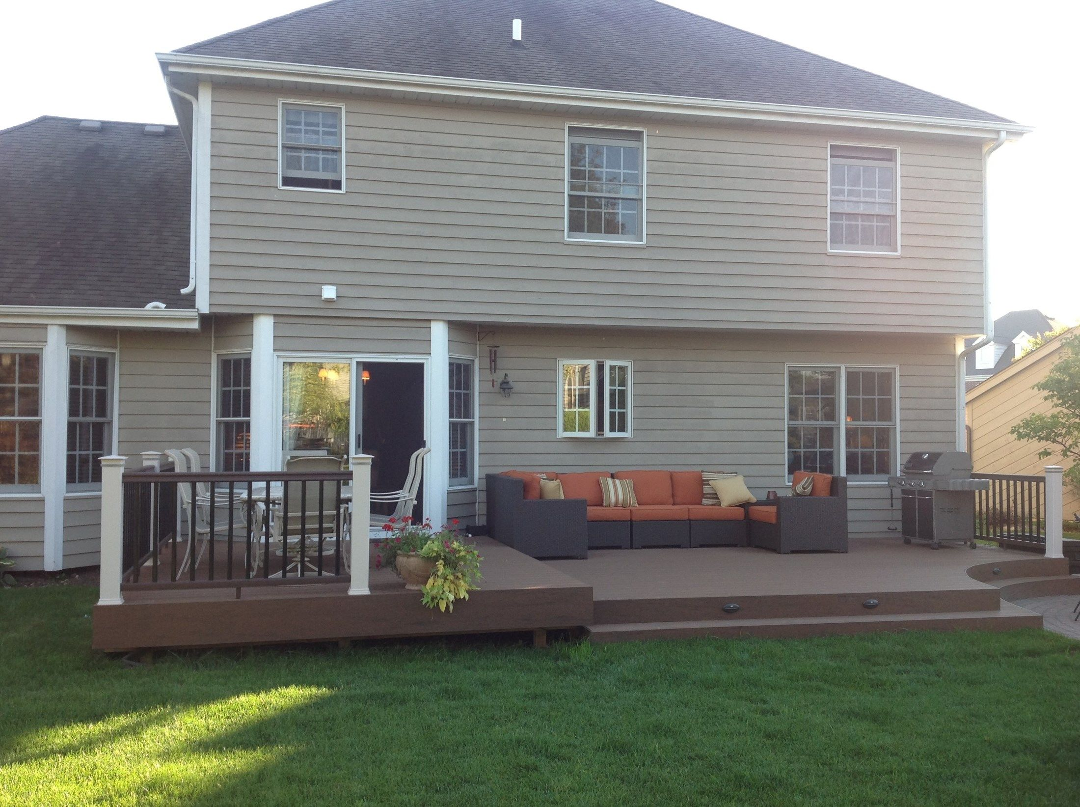 Backyard Images Deck - Picture 3642