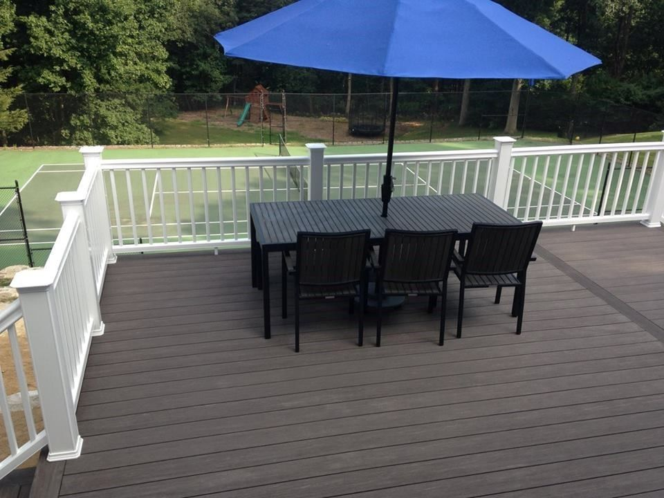 Deck - Westport - Picture 3700