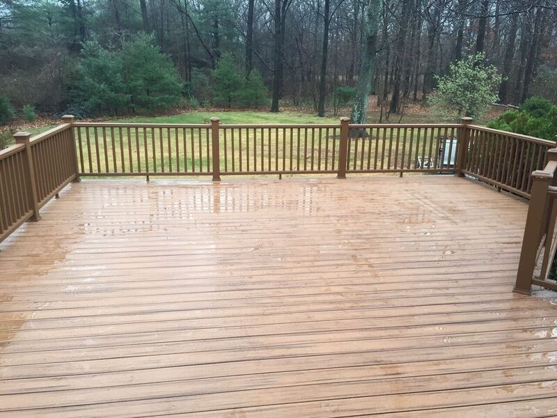 Deck in Commack - Picture 3736