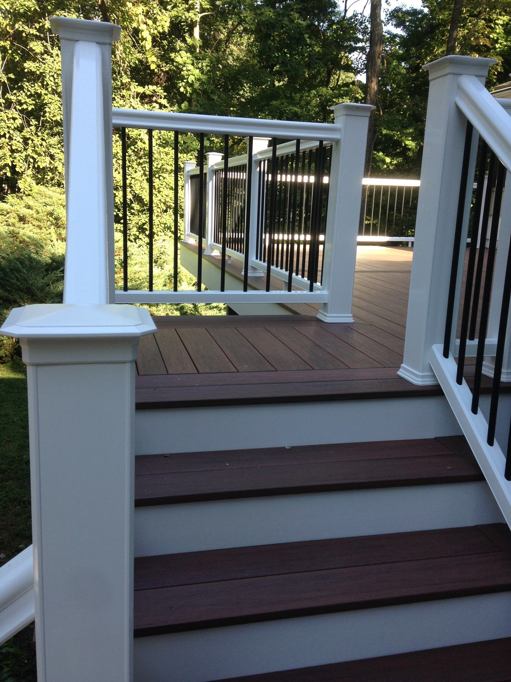 Composite Deck - Picture 3794