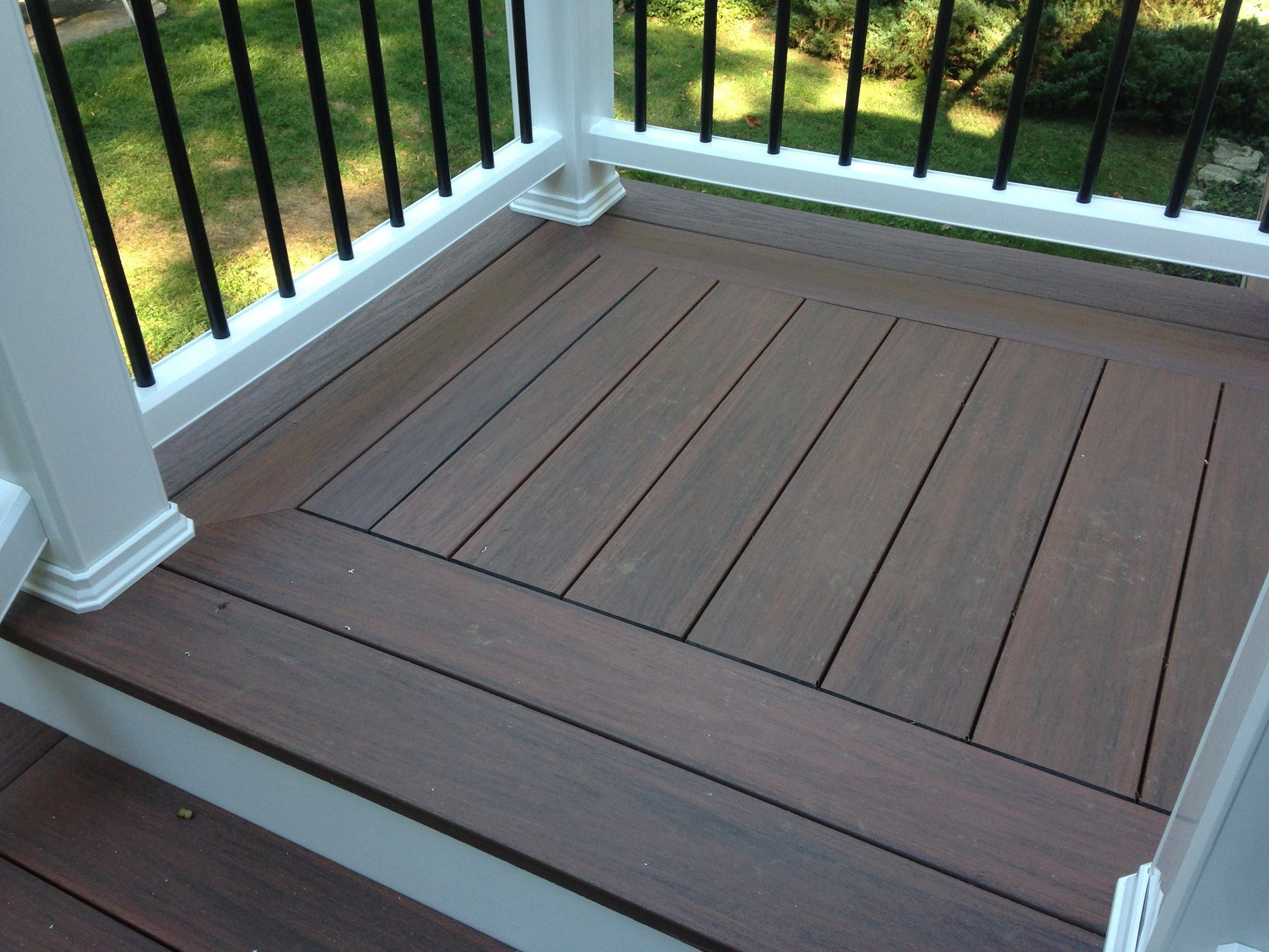 Composite Deck - Picture 3795