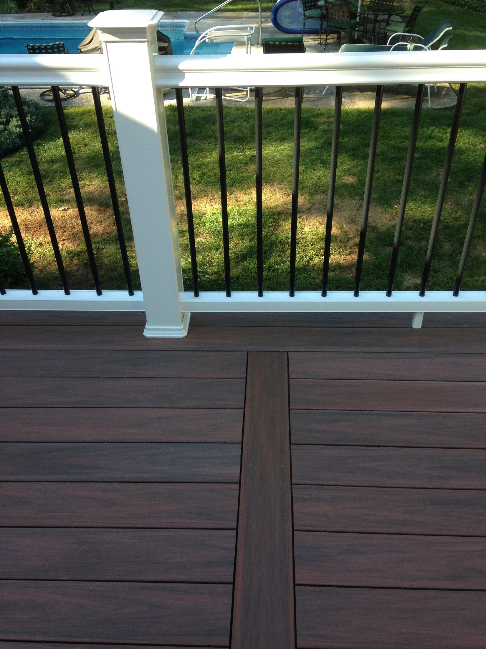 Composite Deck - Picture 3798