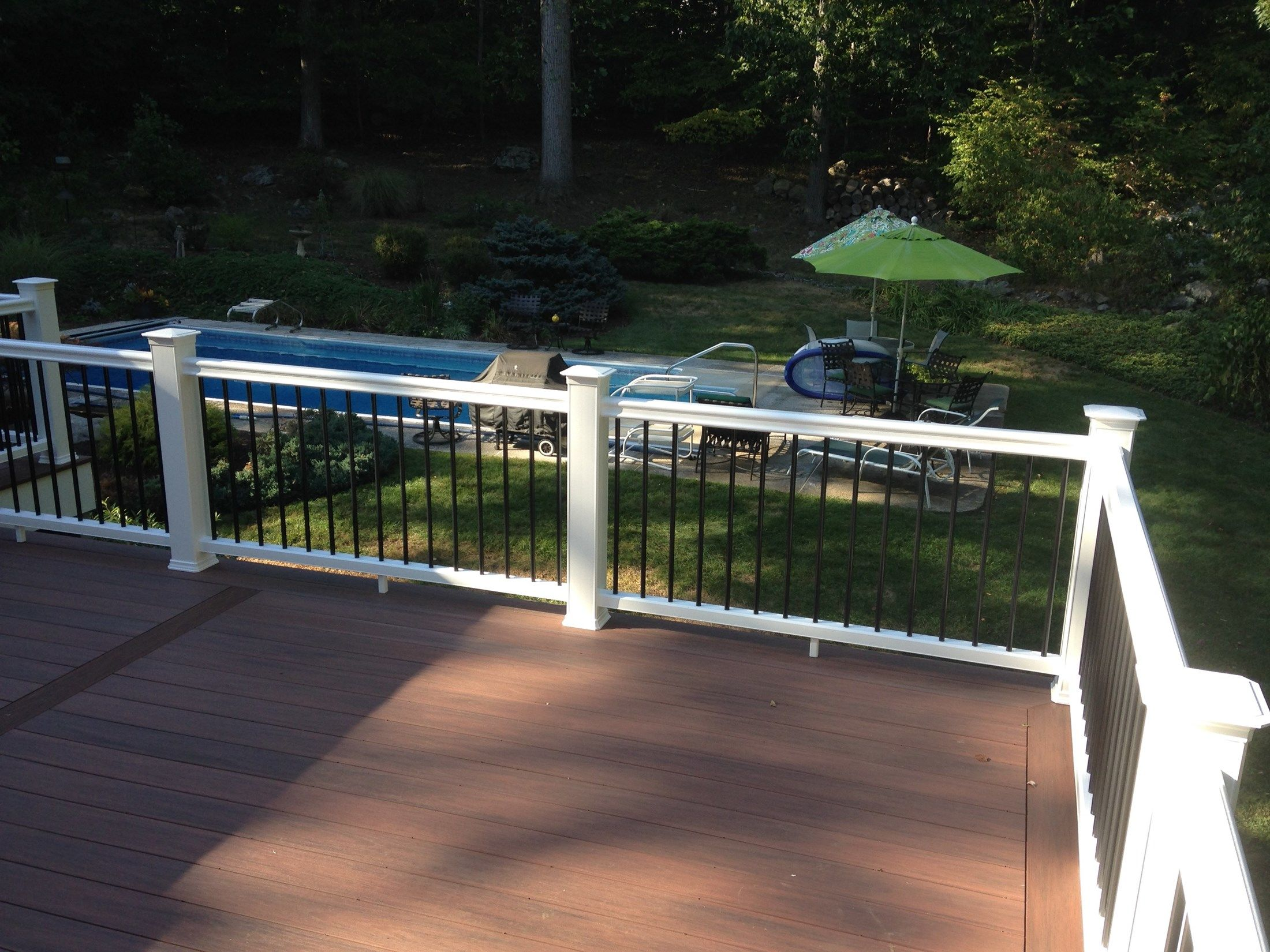 Composite Deck - Picture 3801