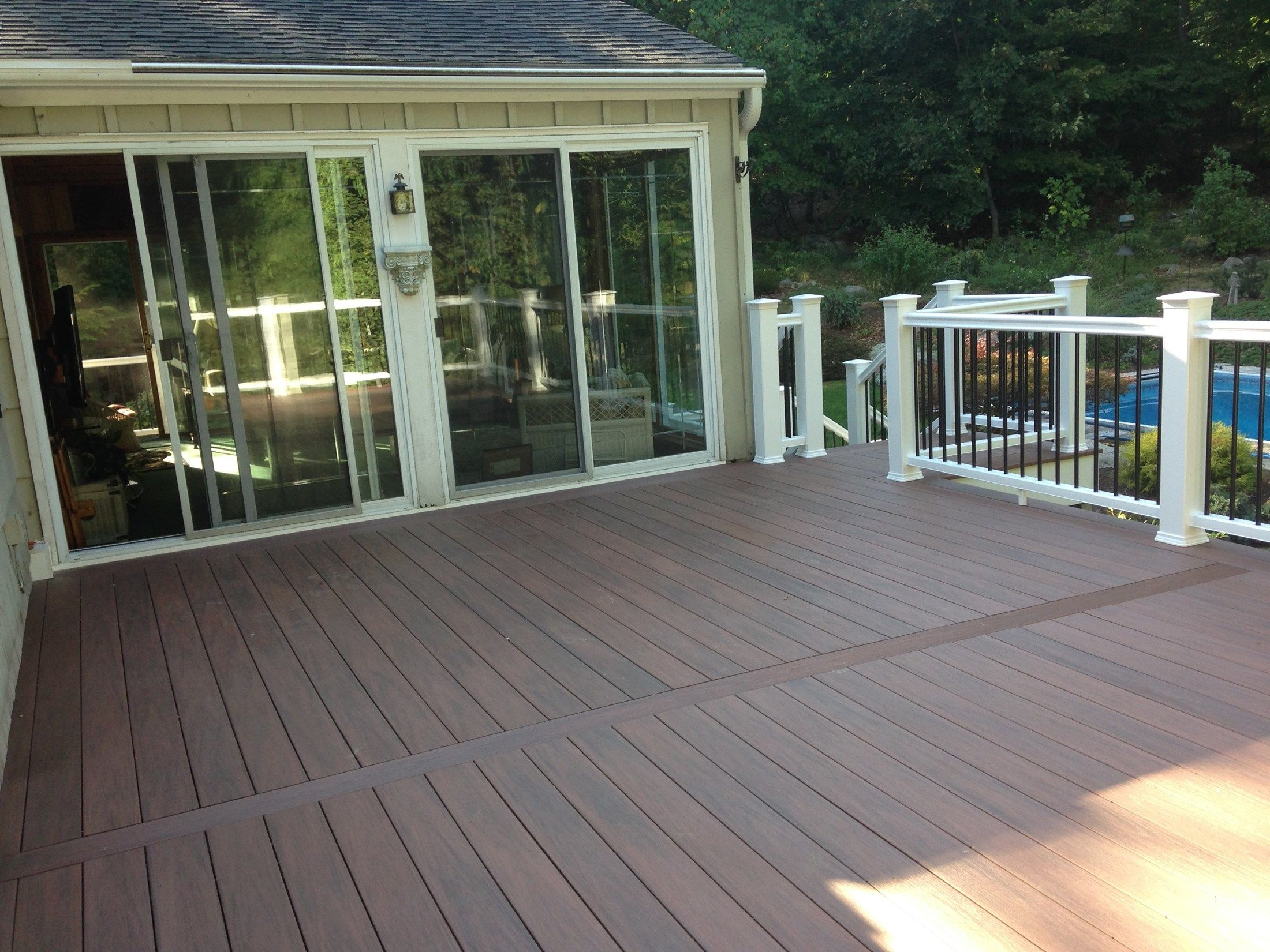 Composite Deck - Picture 3802