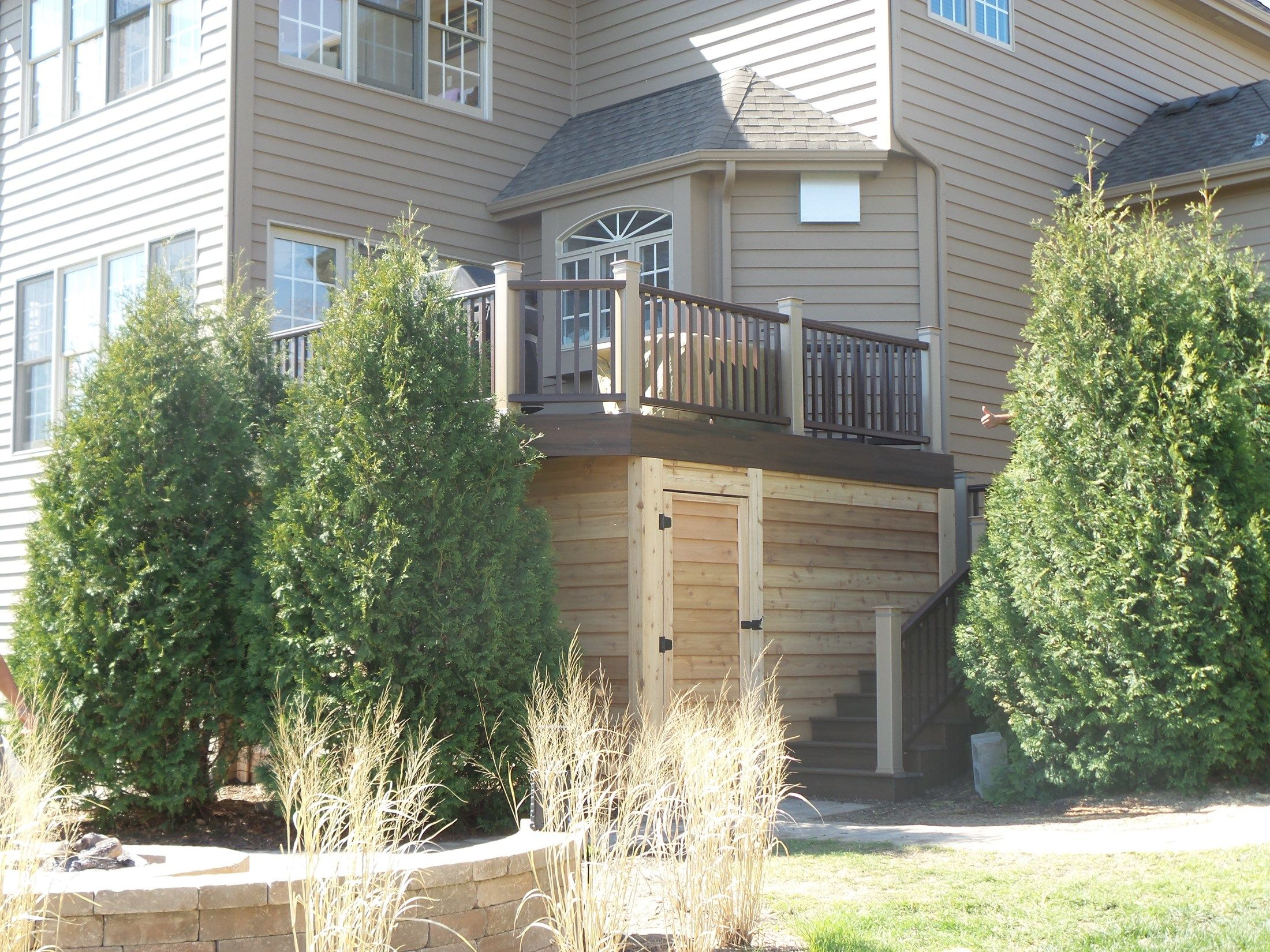 Composite Deck - Picture 3812