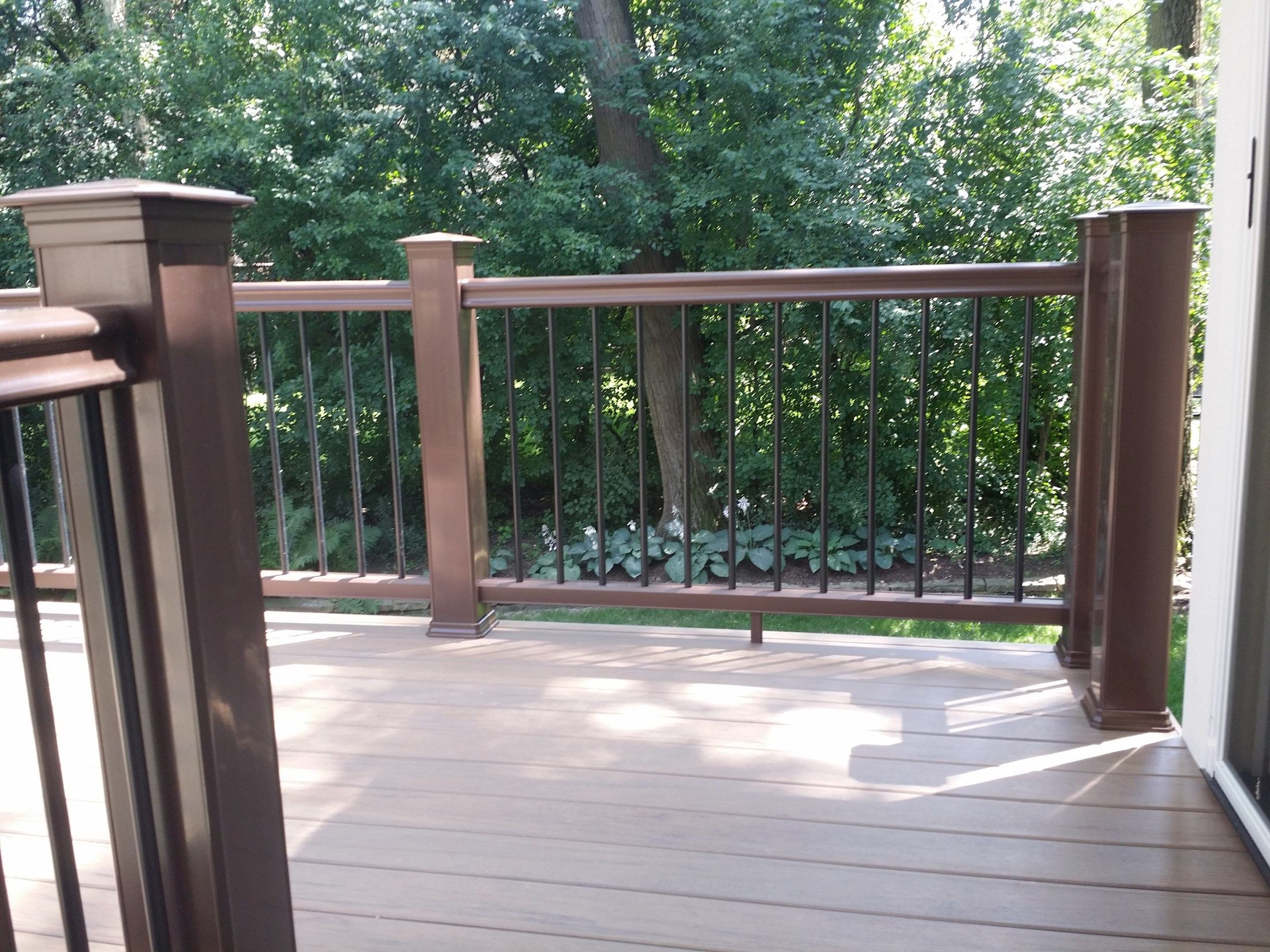 Deck - Picture 3816