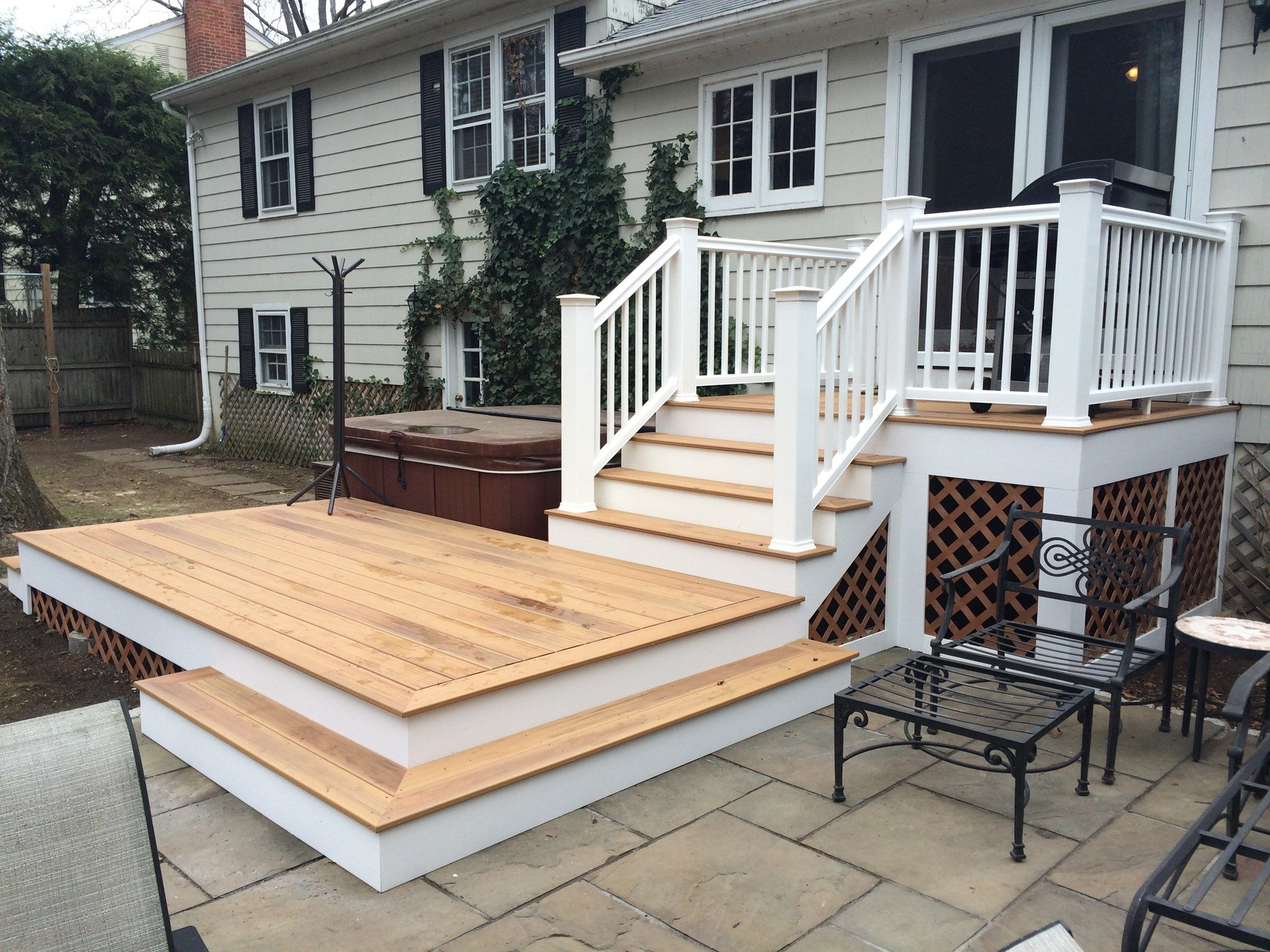 Deck/Patio Combo - Picture 3835