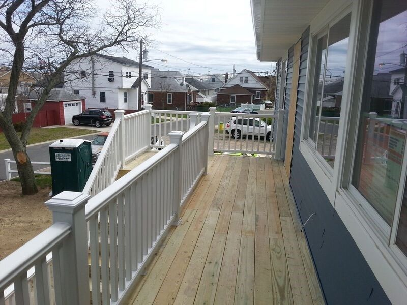Deck in Lawrence, NY 11559 - Picture 3933