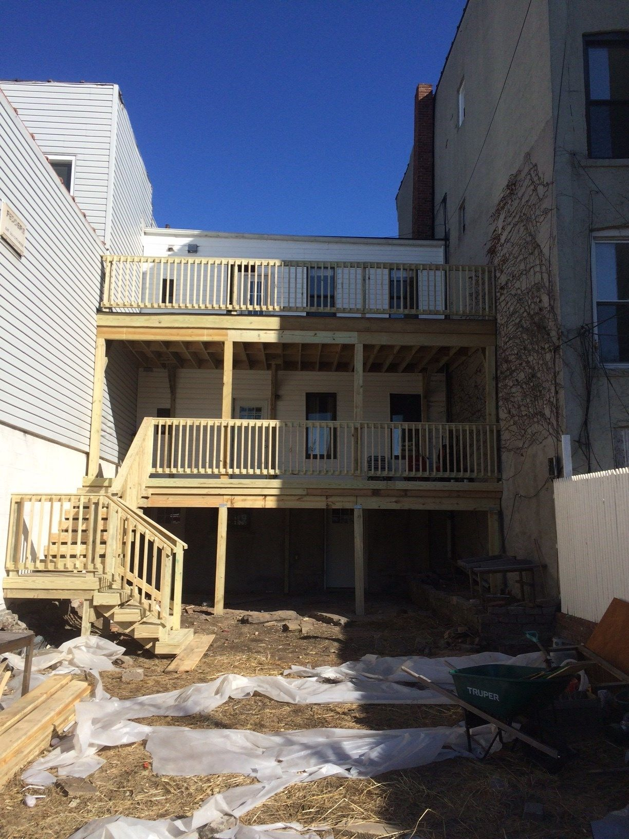 Deck in Brooklyn, NY 11222 - Picture 3983