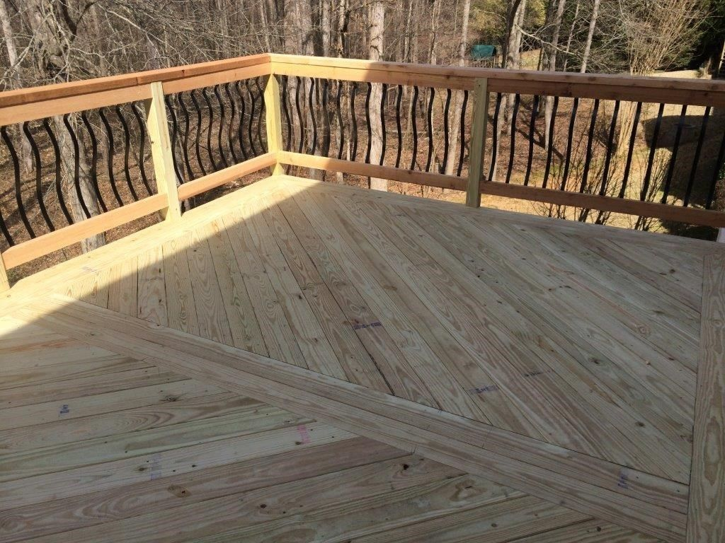 Herring Bone Re-Decking & Re-Railing - Picture 4035