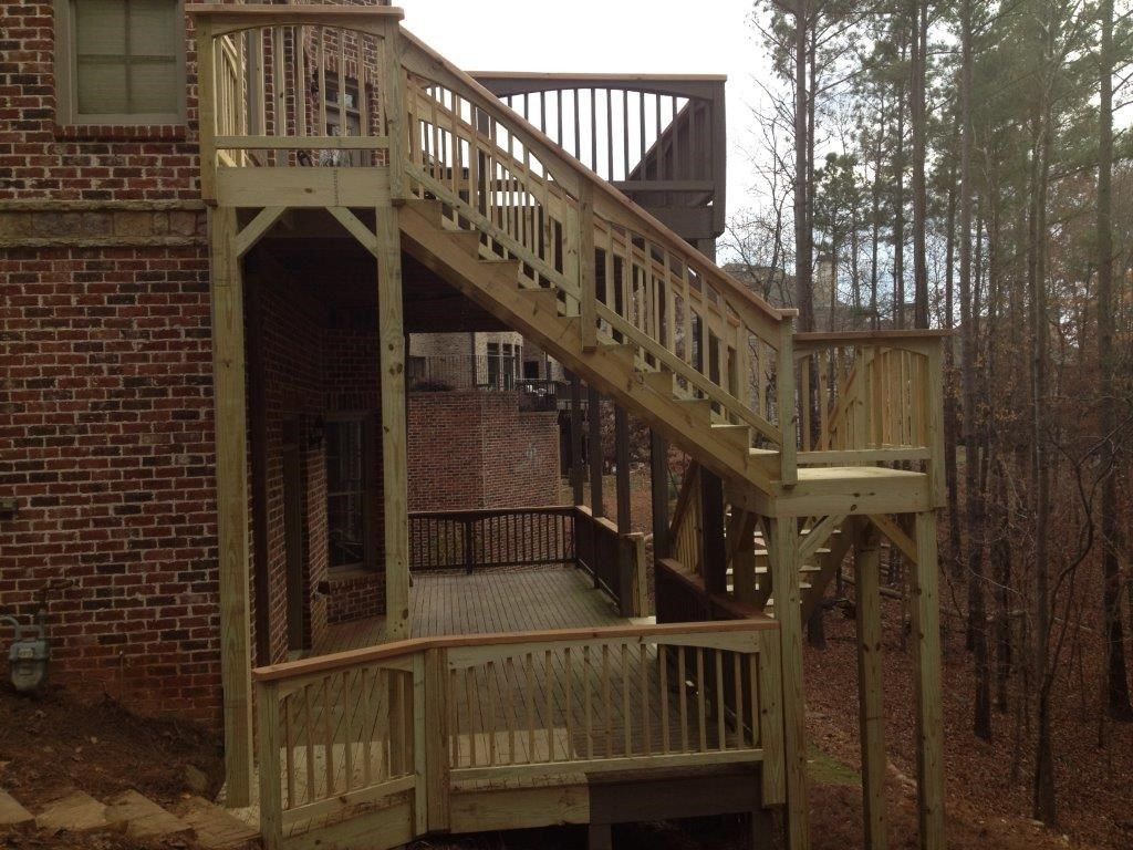 Multi-Level Deck - Picture 4036
