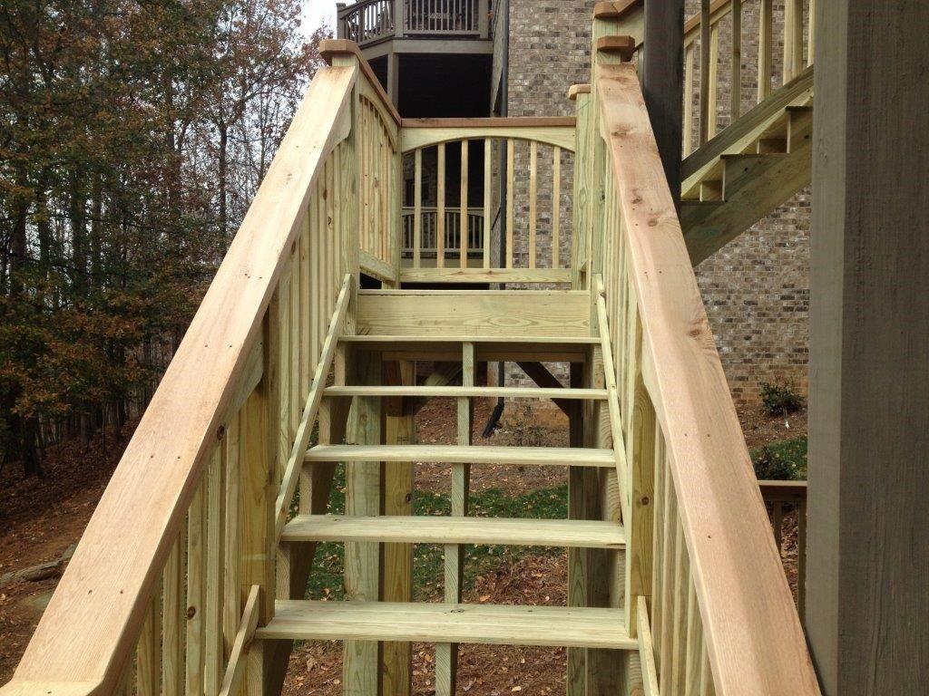 Multi-Level Deck - Picture 4038