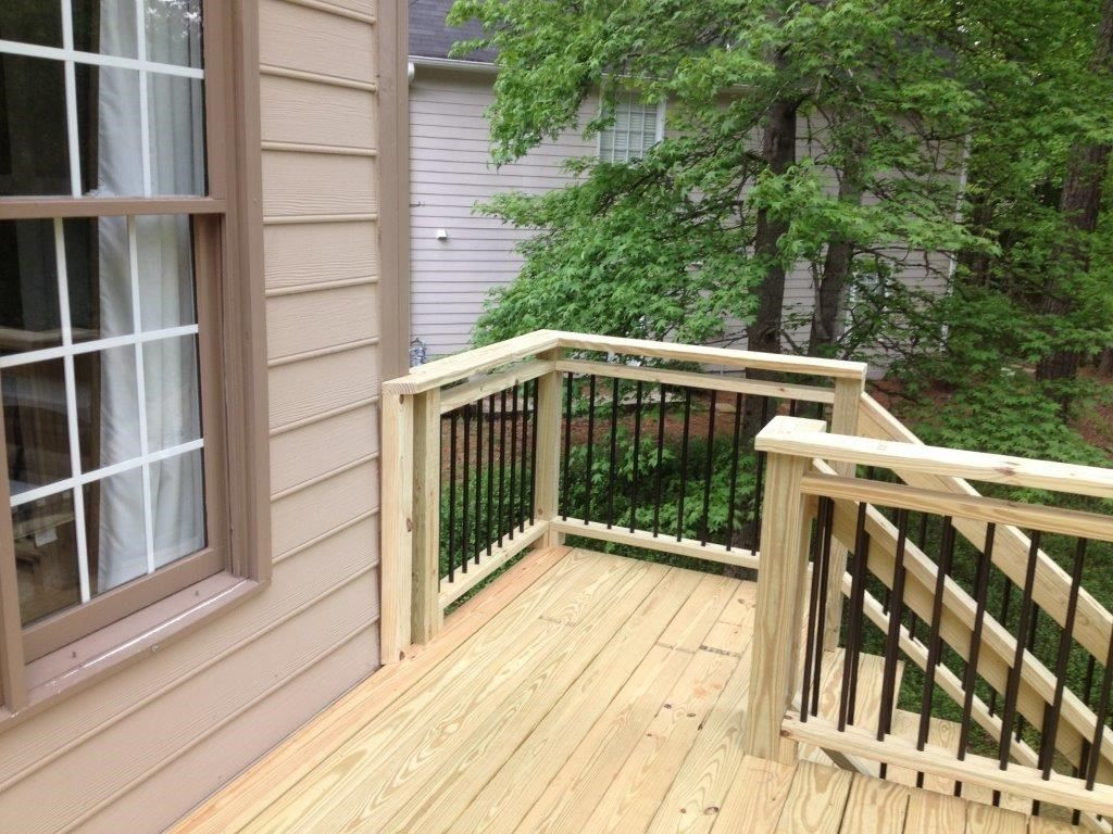 Decks Com Metal Balusters Picture 4054