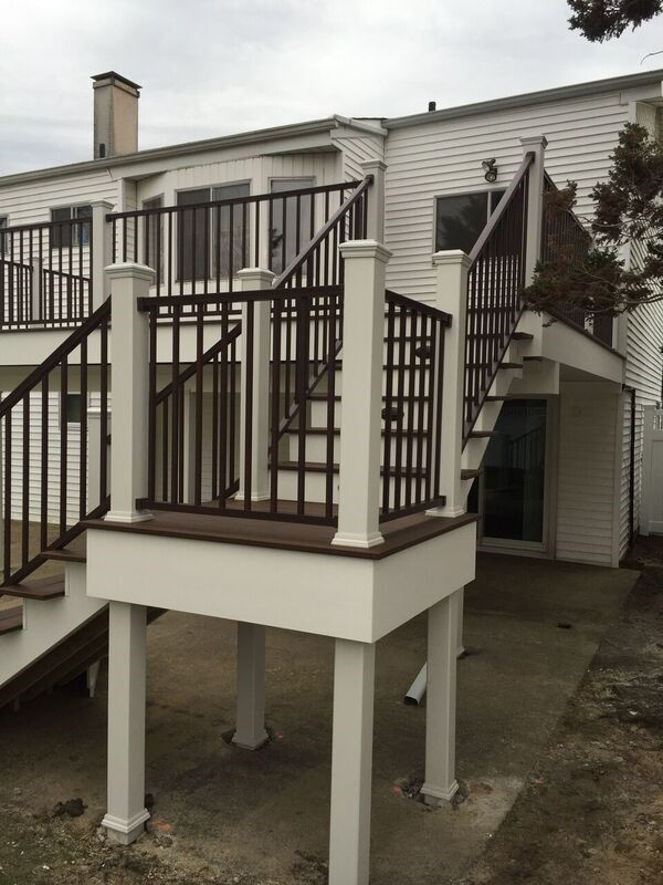 Deck in Merrick, NY 11566 - Picture 5070