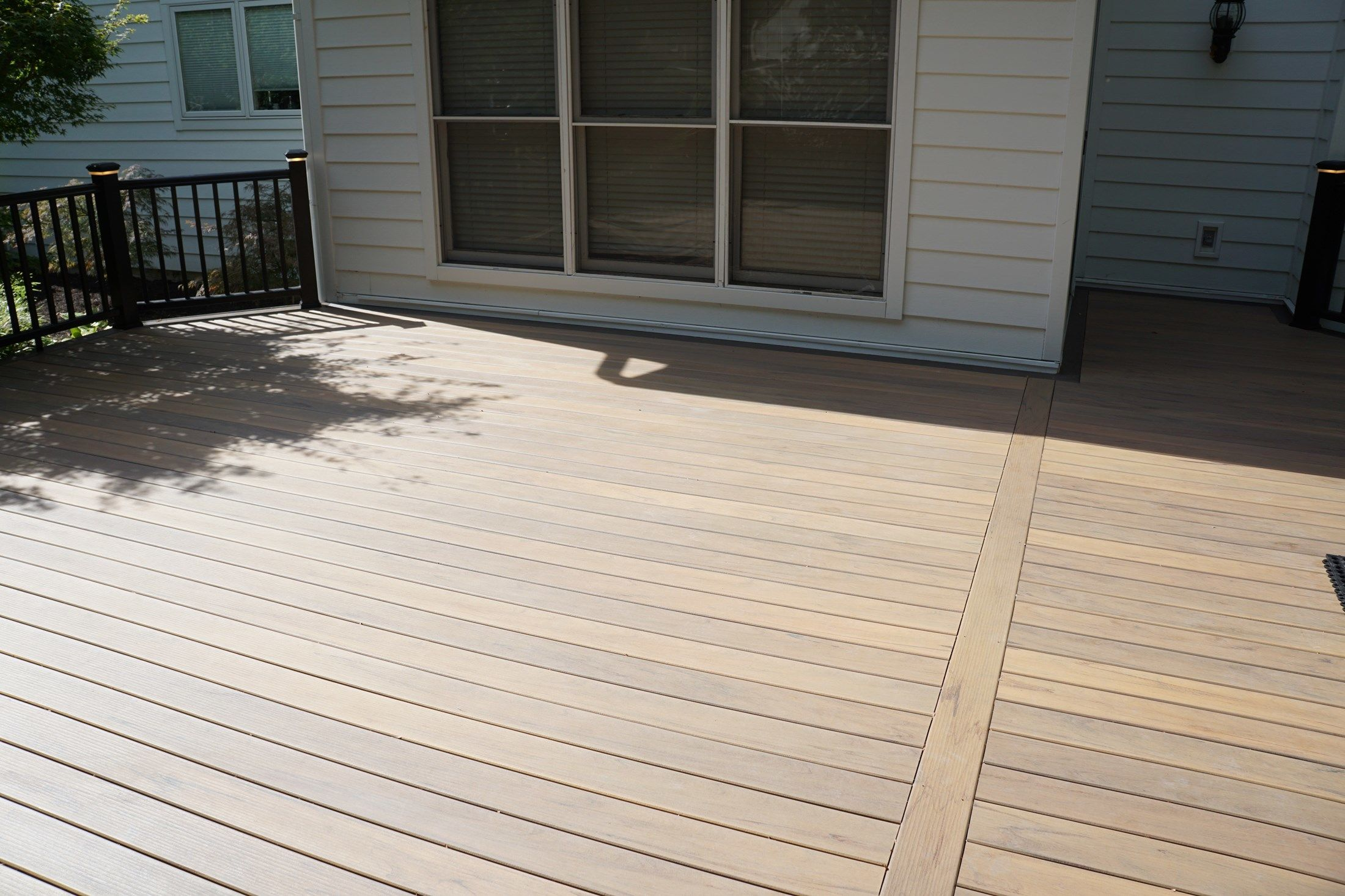 Composite Deck - Picture 5172